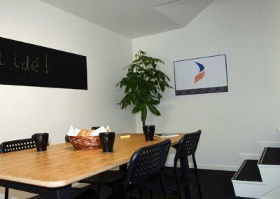 Indret dit eget møderum i kontorlokale 32