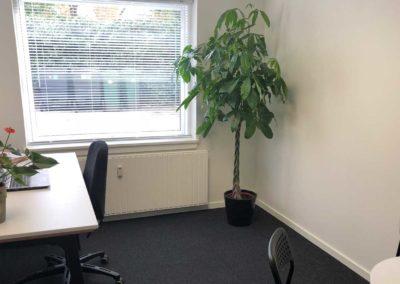 Enkeltmandskontor i BusinessHouse til leje for dig, der både ønsker fællesskab og muligheden for at lukke din dør
