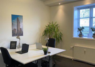 Kontorlokale 18 i BusinessHouse - med to arbejdspladser...