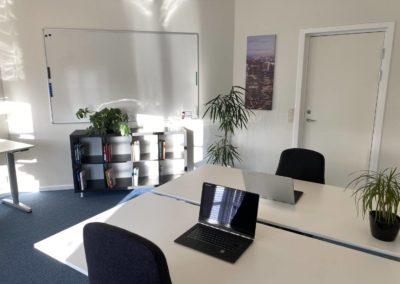 Kontorlokale 12 - med stort whiteboard til store idéer...