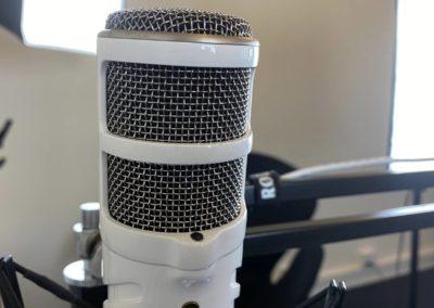 Podcaststudie Roskilde - RØDE mikrofon med P-filter...
