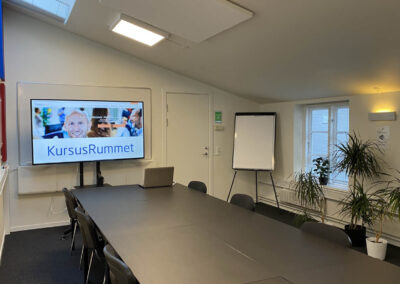Brug for et kursuslokale til et dagskursus i Roskilde? Book KursusRummet - vi gør det nemt for dig!