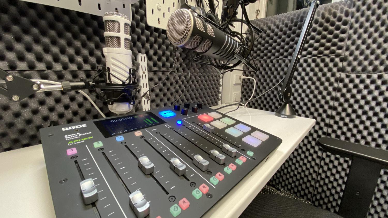 Podcaststudie i Roskilde med Rødecaster Pro lydmixer